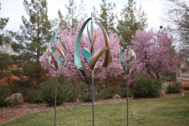 Lyman Whitaker's Wind Sculptures blend into the environment. Image courtesy of Epilogue.