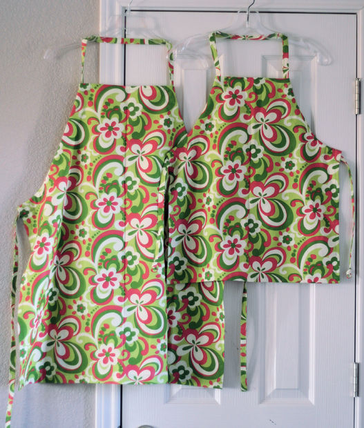 Mother & Daughter Chef Aprons