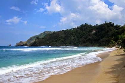 Objek wisata Pantai Wediombo, Gunungkidul