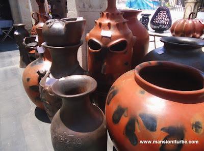 Cocuchas de Michoacán en Concurso Artesanal de Domingo de Ramos en Uruapan
