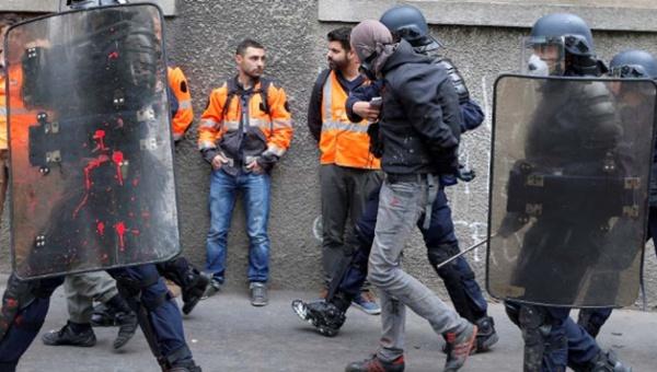Detienen en París a 95 manifestantes contra la reforma laboral