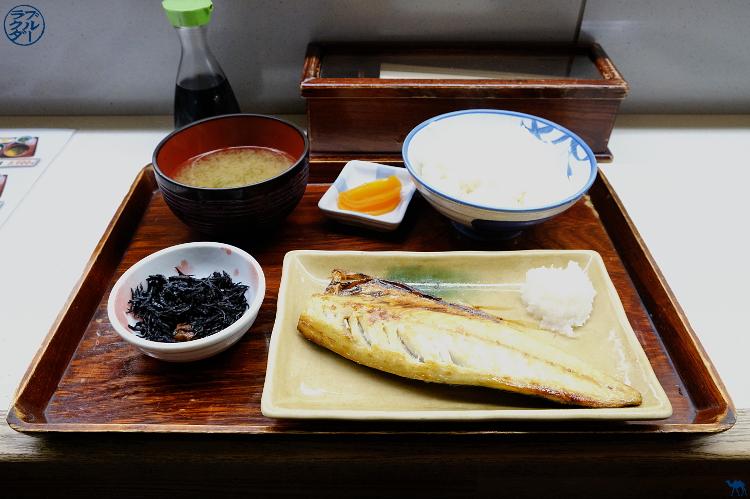 Le Chameau Bleu - Déjeuner au Marché au poisson de Aomori - Voyage dans le Tohoku au Japon