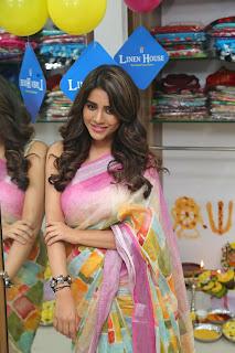 Actress Nabha Natesh Stills At Inaugurated Linen House at Nizampet