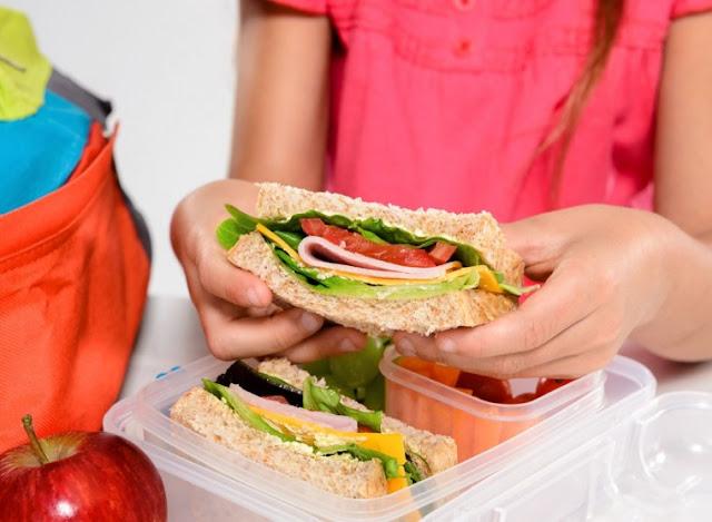 Σχολικά γεύματα σε 954 Δημοτικά Σχολεία για το σχολικό έτος 2018-19
