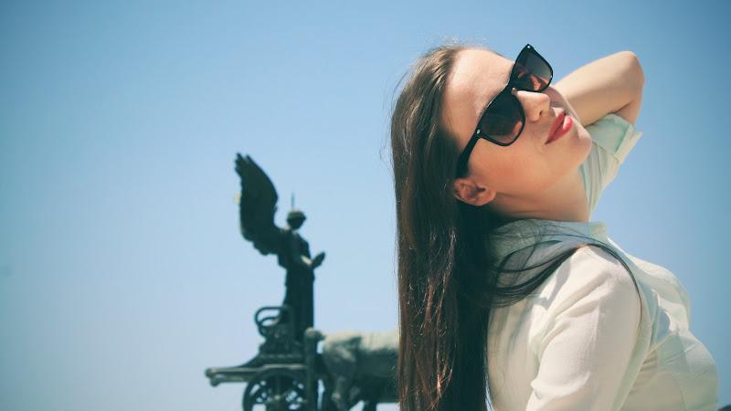 Outdoor Girl Portrait HD