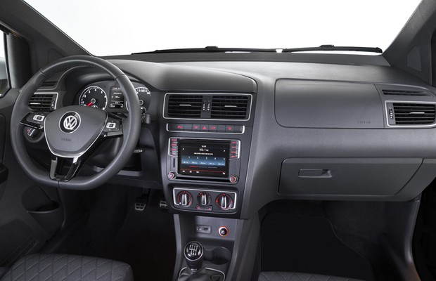 novo VW Fox 2016 - interior