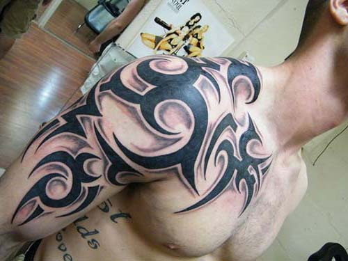erkek omuz tribal dövme tumblr man shoulder tribal tattoo
