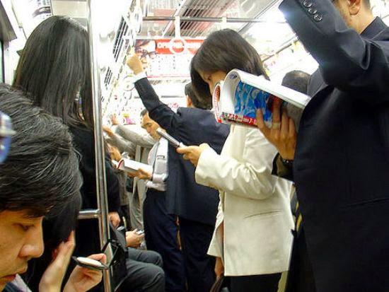 Membaca Pada Saat di Perjalanan
