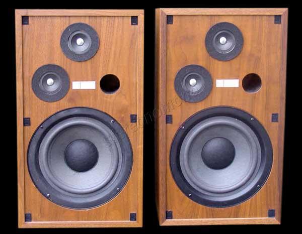 stereonomono - Hi Fi Compendium: Altec Lansing Five