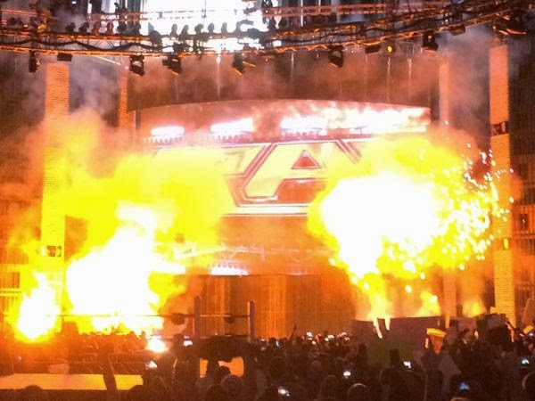 WWE Monday Night Raw pyro opening set