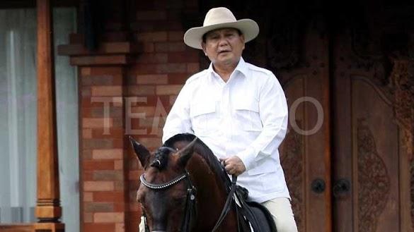 Prabowo Subianto Minta Presiden Jokowi Cabut Perpres TKA