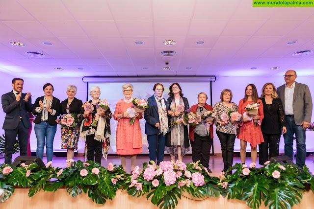 Los Llanos entrega el premio Mujer Destacada 2019 a la abogada Ana María Montesinos Afonso