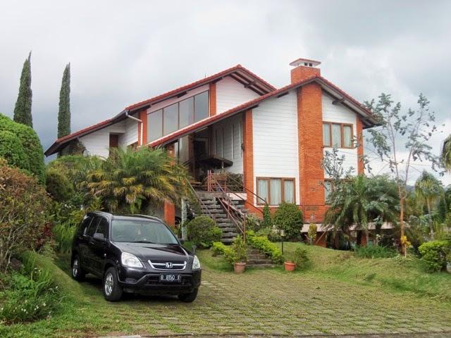 Villa Bipak istana bunga Lembang