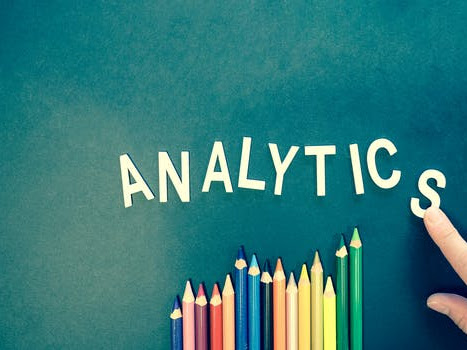 The Benefits of Using Financial Sales Analytics for Business