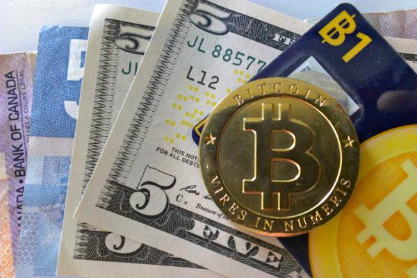 عملة البيتكوين تواصل تحقيق ارتفاعها بالمقارنة مع الدولار