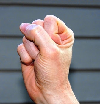 latihan tendon gliding, mengobati cts, tanda-tanda cts,