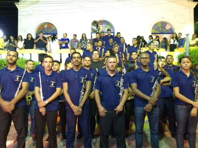 Prefeitura de Piranhas entrega novo fardamento a Orquestra Filarmônica Mestre Elísio