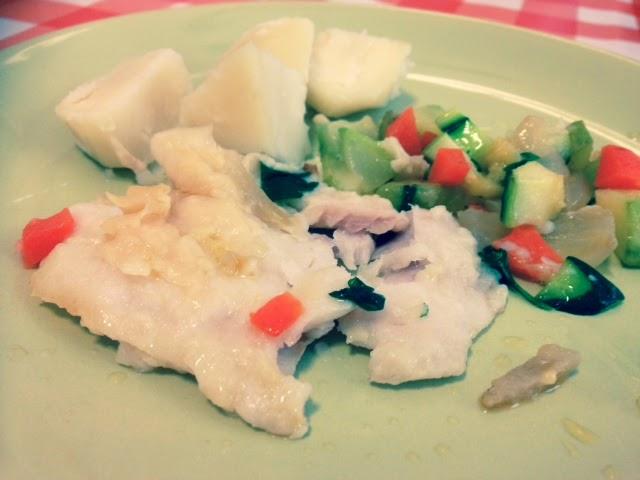 Lomos de merluza con verduras