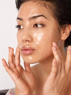 Cara ampuh hilangkan flek hitam di wajah