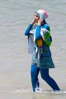 Femme en burkini