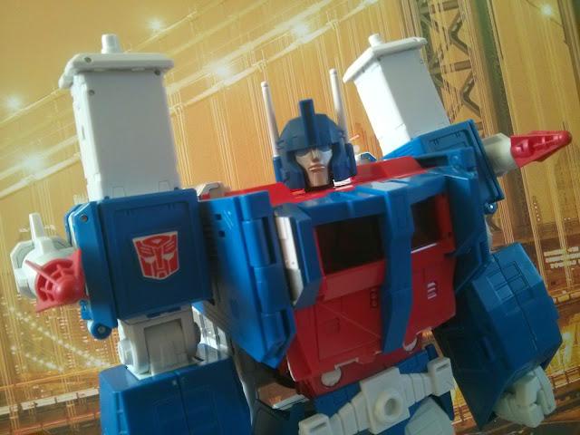 takara transformers mp-22 ultra magnus