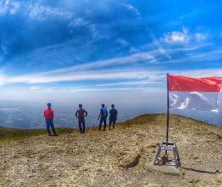 8 fakta dan misteri tentang Gunung Penanggungan di Jawa Timur