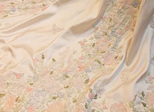 Lala Rudge bordado vestido Sandro Barros