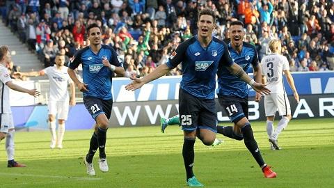đội chủ nhà Hoffenheim ra sân với đội hình mạnh nhất