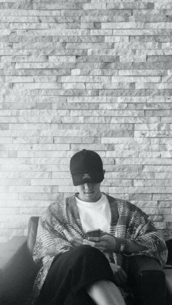 Me For More Black Wallpaper White Rose Gold