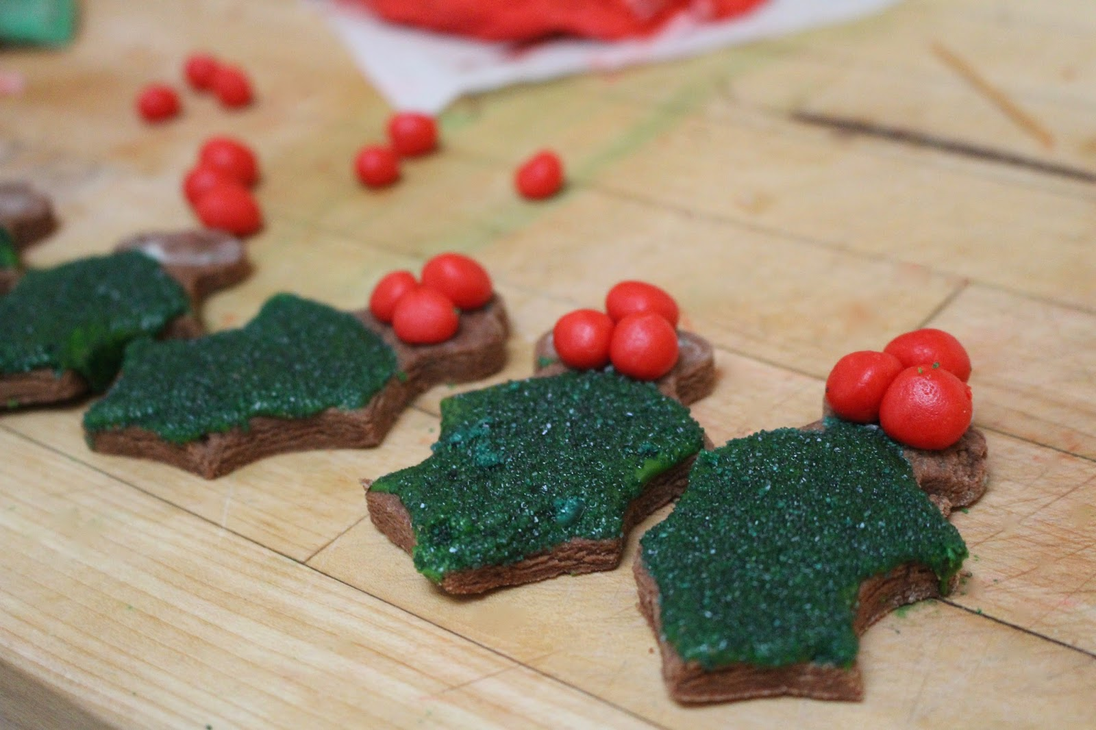Easy Holly Christmas Cookies Diary Of A Mad Hausfrau