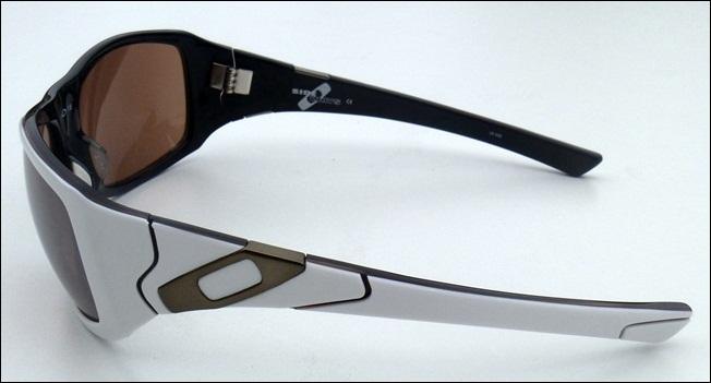 3aa3a1deac Oakley Sideways Sunglasses Review
