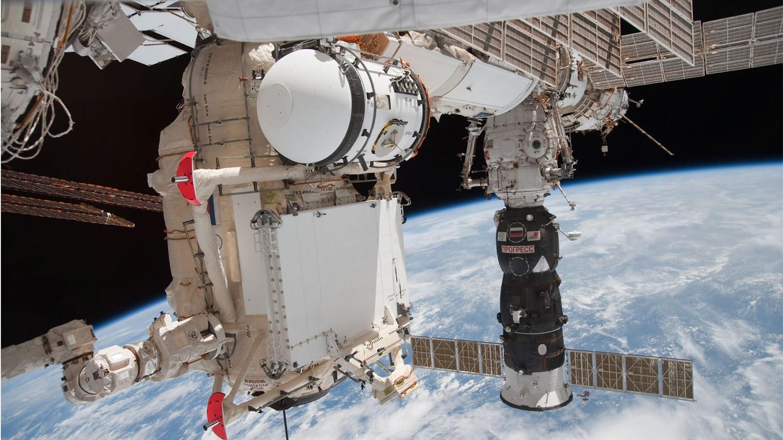 hi def space station - photo #22