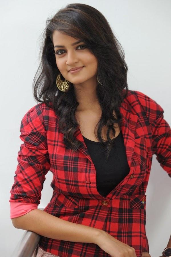 Indian Beauties Shanvi Srivastava