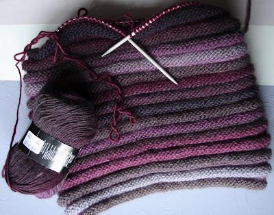 les trouvailles decoration de martine du tricot vite fait bien fait. Black Bedroom Furniture Sets. Home Design Ideas