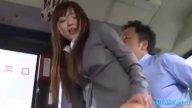 รถเมล์ฉาวอีกแล้ว!! สาวบัญชีโดนชายฉกรรจ์ลวนลามขืนใจบนรถบัส หนังavหื่นๆ
