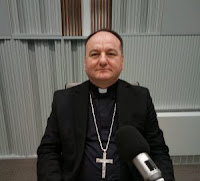 biskup mons. Petar Palić Argumenti HKR slike otok Brač Online