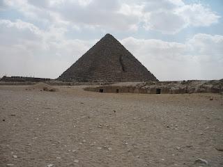 piramide de giza templo funerario egipcio