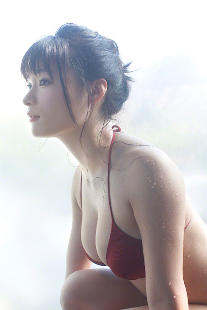 星名美津紀 Hoshina Mizuki Bikini At Onsen Pictures 04