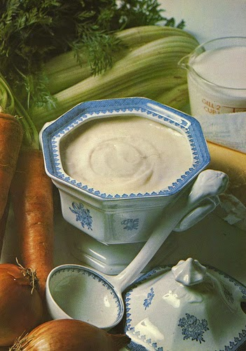 Behind the french menu sauce b chamel sauce bechamel for 5 mother sauces of french cuisine