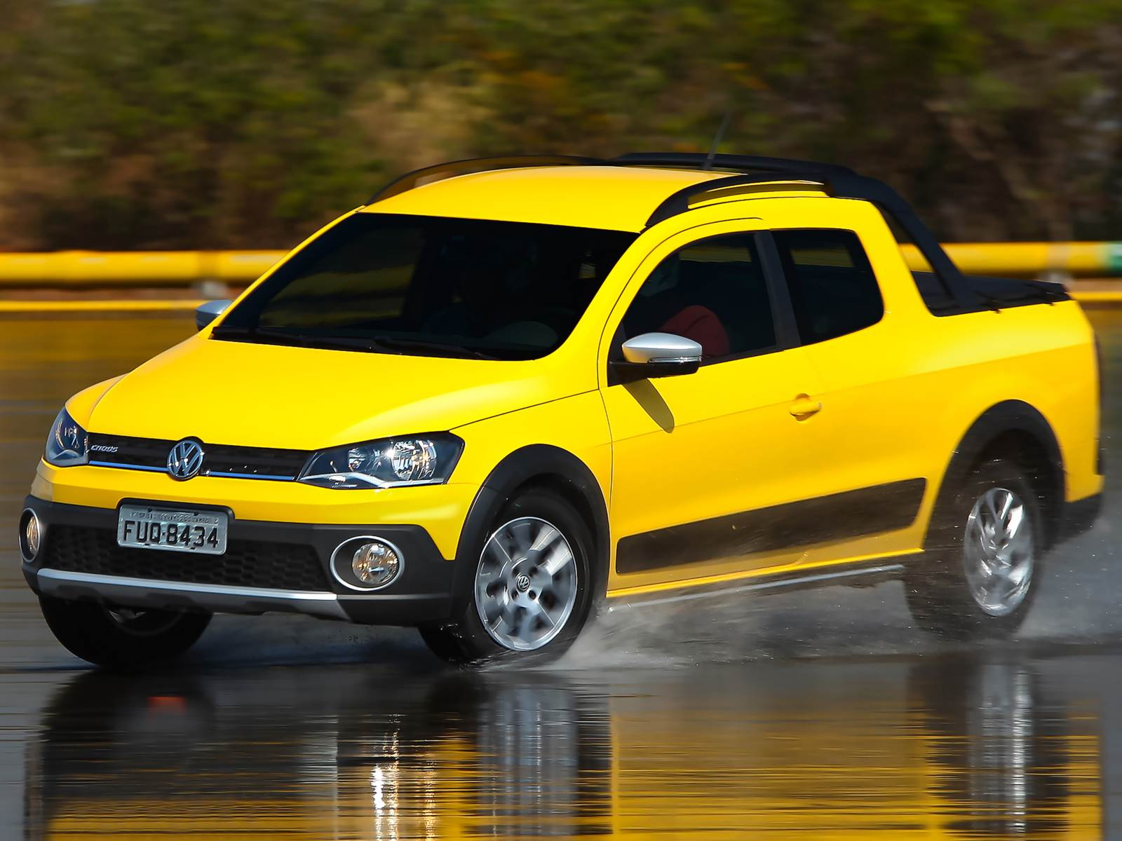 VW Saveiro Cabine Dupla 2014