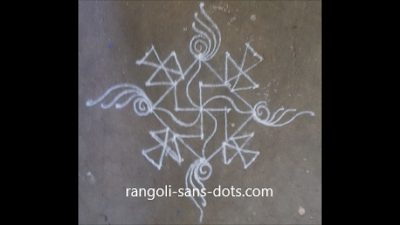 rangoli-at-entrance-11a.jpg