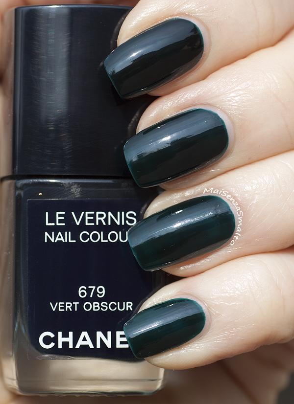 Chanel 679 Vert Obscur