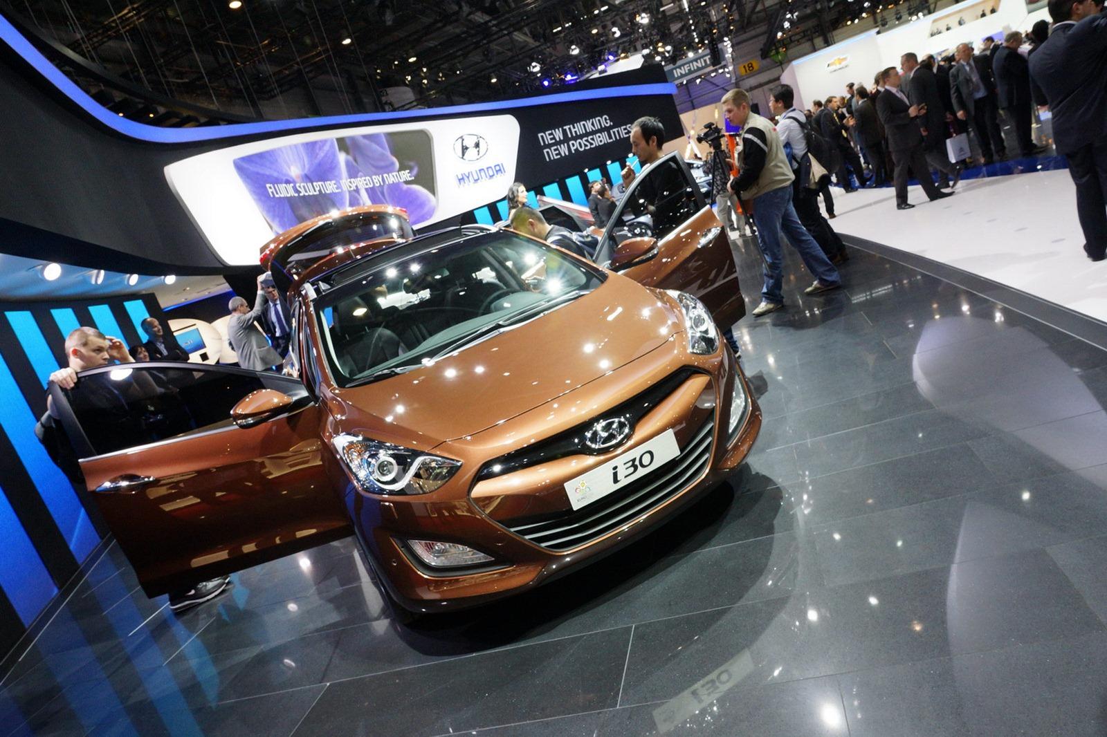 Luxury Car Hyundai I30 Wagon 2013 Scion Frs Fuse Box