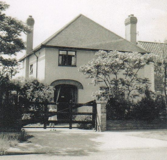 Photograph of 51 Bradmore way in about 1959. My father added the big gate when my sister was born in 1955 Image courtesy of Judy Marchant