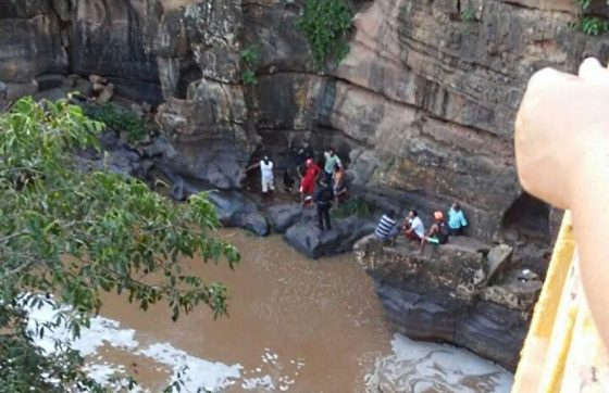 AFOGAMENTO:  Adolescente de 15 anos é encontrado morto em cachoeira no Ceará