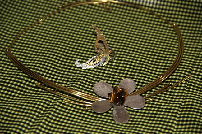 handmade flower silver necklace and butterfly ring