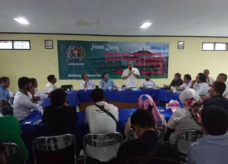 Humas dan FWP DPRD Kota Padang Kunjungi PWI Jawa Barat