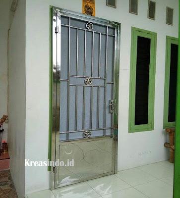 Perbedaan Pintu Kasa Nyamuk Besi, Stainless dan Expanda Aluminium