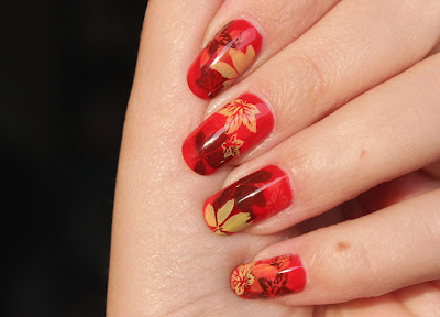 http://lacquediction.blogspot.de/2016/10/notd-autumn-leaves-frischlackiertchalle.html