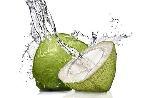 www.Cara Mudah Dan Terbaik Untuk Mengatasi Keracunan Makanan Dan Manfaat Baik Dari Air Kelapa